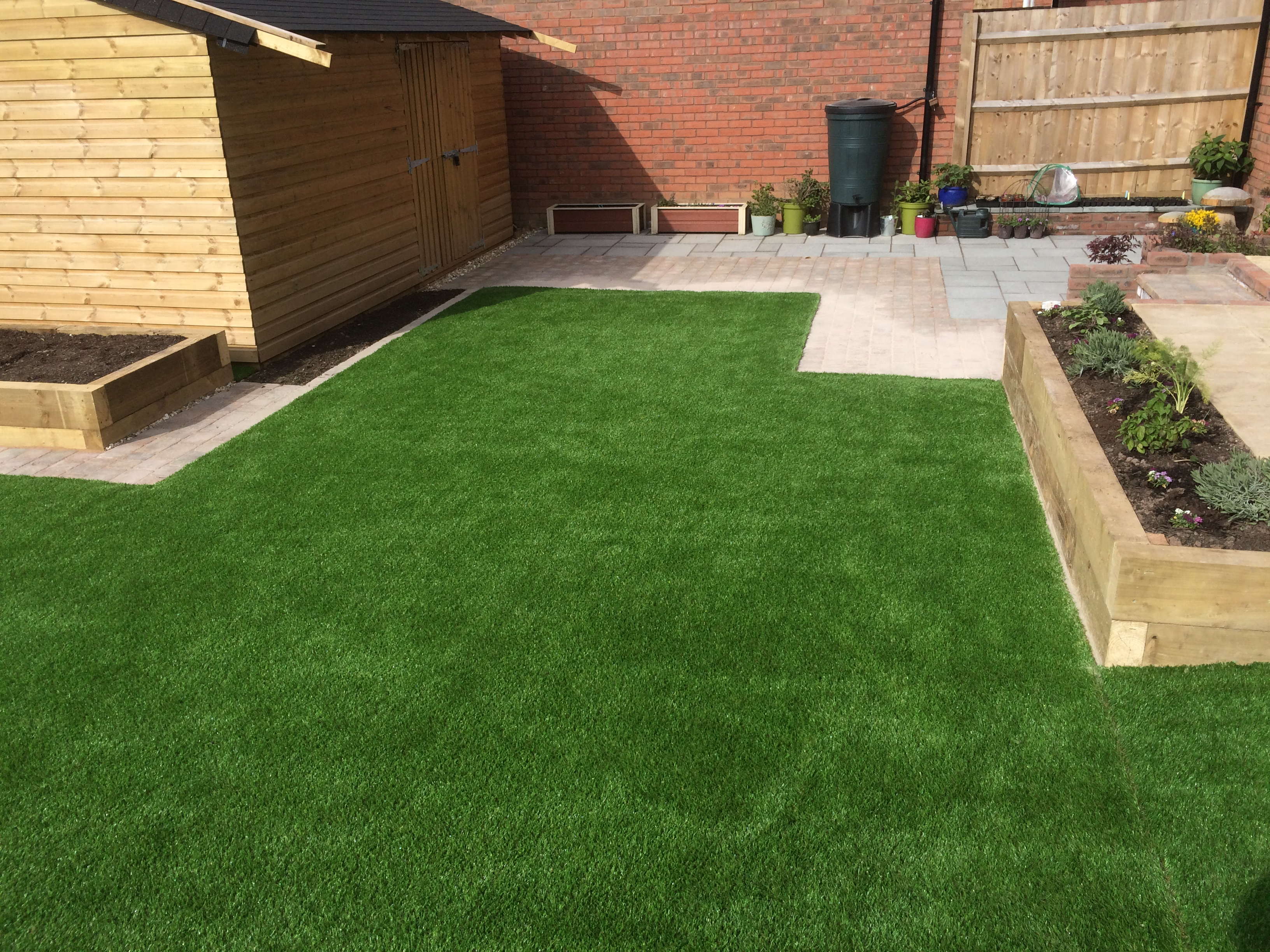 Astro Turf With Raised Beds J B Landscapesj B Landscapes